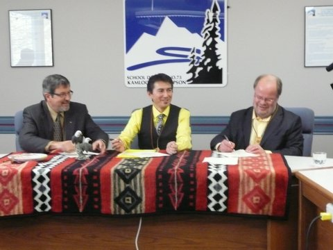 Signing the 3rd Aboriginal Education Enhancement Agreement